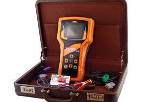 اولین دستگاه پرتابل در حوزه نرم افزاری خودرو