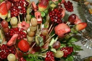 سفارش پایه گل عروسی و ترحیم  و گل آرایی سفره عقد