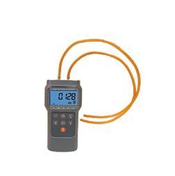 مانومتر فشارسنج پرتابل دیجیتال مدل AZ-82152 - 1