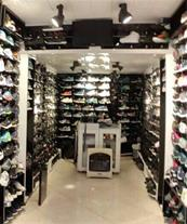 فروش کفش چرم و کتونی خارجی