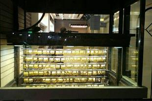 گاو صندوق ویترینی طلا فروشی