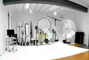 عکاسی تبلیغاتی و صنعتی اطلس استودیو