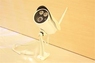 دوربین IP وای فای با رم 64 گیگ ضد آب(حرفه ای)فلزی