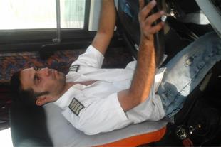 راننده پایه یکم دارای مدارک مسافربری کامل