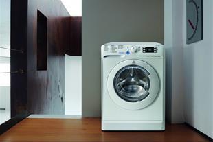 ماشین لباسشویی 8 کیلویی ایندزیت مدل XWE 81283X W E