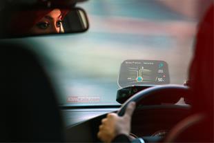 هدآپ دیسپلی خودرو/ دستگاه نمایشگر اطلاعات خودرو