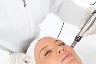 مزوتراپی و میکرونیدلینگ جهت جوانسازی پوست