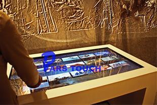 میز لمسی موزه یادمان خرمشهر