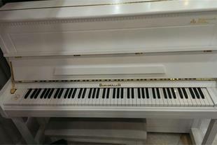 فروش پیانو برگمولر UP125 در حد آکبند