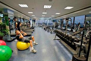 ترخیص کار وسایل ورزشی