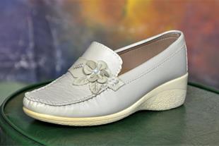 تولید و فروش کفش طبی و راحتی زنانه - 1