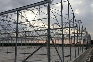 فروش تجهیزات و ساخت انواع سازه های گلخانه ای مدرن