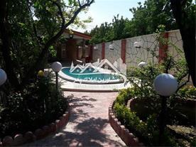 باغ ویلا 700 متری در شهریار - 1