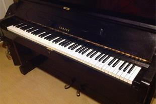 فروش پیانو یاماها U1