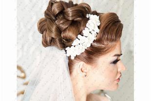 اصلاح صورت و ابرو - کوتاهی موی زنان