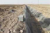 اجرای کانال انتقال آب با ورق ژئوممبران در آبادان