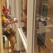 پیچ و رولپلاک سنگ نما با طناب در کرج و تهران