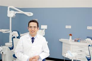 دکتر برهمن سبزواری - متخصص ارتودنسی در مشهد