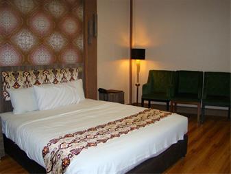 رزرو هتل و هتل آپارتمان در کرمان - 1
