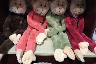 واردات اسباب بازی و عروسک
