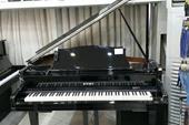 فروش پیانو با نصف قیمت