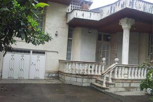 فروش خانه ویلایى 390 مترى در گلسار بلوار سمیه