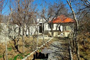 فروش باغ ویلا 650متری با 60 متر بنا در لم آباد