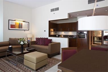 اجاره آپارتمان مبله ارزان و شیک در  همدان - 1