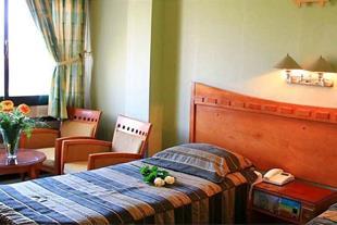 رزو هتل در اصفهان