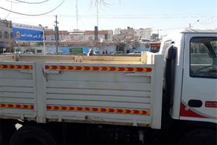 راننده پایه یک همراه با کامیون ایسوزو آماده همکاری