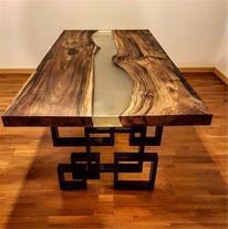 طراحی و ساخت میز چوبی