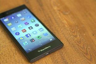 گوشی بلک بری مدل لیپ