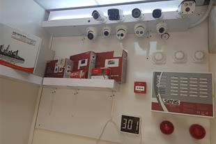 فروشگاه برق و الکترونیک صفاریان