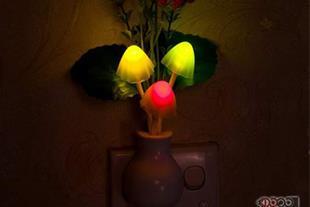 چراغ خواب led سنسوردار با قابلیت تغییر رنگ