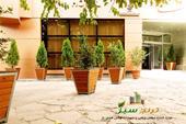 فلاورباکس هتلی و گلدان چوبی مشهد