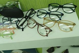 فروش عینک طبی و عینک آفتابی - فروش لنز طبی