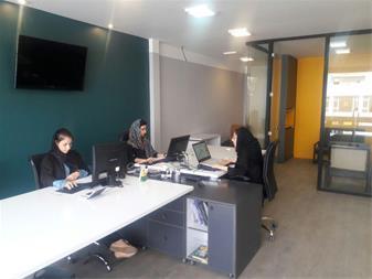 استخدام همکار خانم آشنا به نرم افزار های معماری - 1