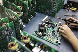 آموزش تعمیربردهای الکترونیکی آموزشگاه تهران پایتخت
