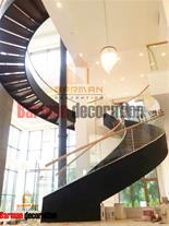دکوراسیون - اجرای پله پیچ - پله گرد - نرده چوبی
