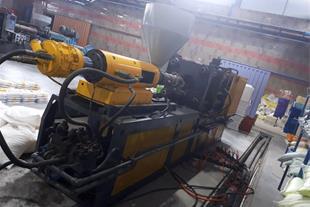 دستگاه تزریق پلاستیک 175 تن روسیه ای