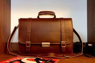 کیف های سمیناری ، همایشی ، چرم طبیعی و مصنوعی