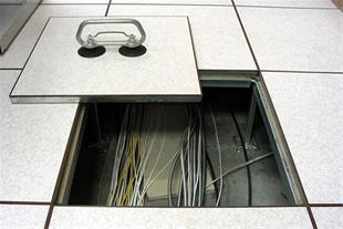 طراحی و اجرای اتاق سرور ، شبکه و دیتا سنتر
