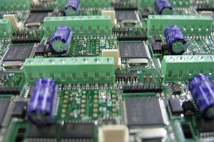 طراحی و مونتاژ برد های الکترونیک