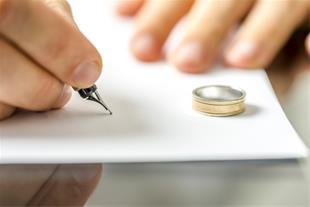 وکالت تخصصی طلاق توسط وکیل خانم در رشت -گیلان