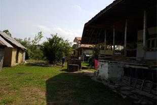 فروش زمین 3000 متری با خانه روستایی سیاهکل