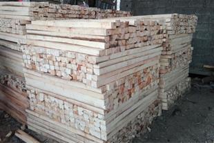 فروش چوب صنوبر برای پالت