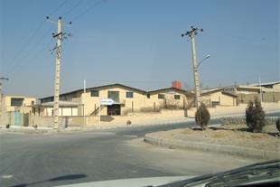 کارخانه شهرک سروش بادران فاز یک دو بر 4240 متر