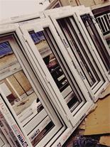 نصب پنجره دوجداره پی وی سی