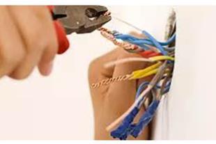 استخدام پیمانکار برق