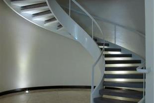 پله گرد 180 درجه